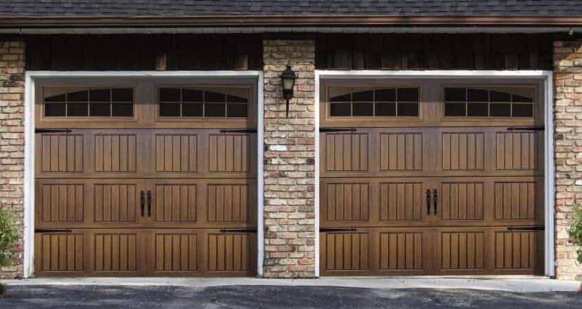 Choosing a high wind garage door overhead door company for Garage door wind code ratings