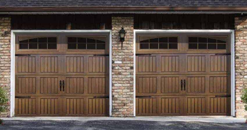 Choosing a high wind garage door overhead door company for Garage door wind code ratings